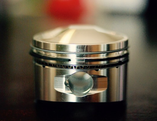 JE Piston for a 1975 Honda CB750 Super Sport